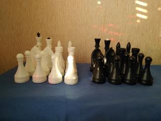 Шахматные фигуры с утяжелителем ( песок)