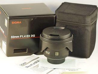 Sigma DG 50mm f/1.4 EX HSM для Nikon.