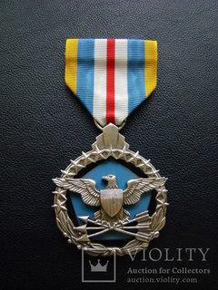 Медаль министерства обороны США за превосходную службу