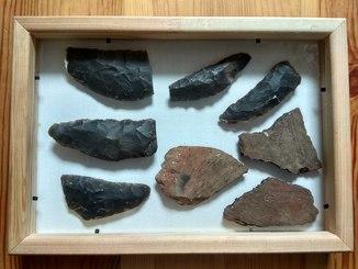 Комплекс кремнієвих серпів ,ножиків. Нова кам'яна доба, неоліт