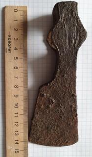 Боевой топор- чекан период Хазарского каганата,375 грамм