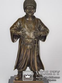 Большая бронзовая скульптура украинский казак