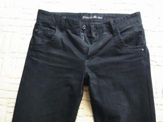 Брюки, джинси, штани чёрные.