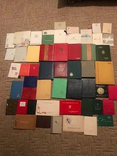 Большая коллекция марок более 2100 шт. Марки в альбомах. Разные страны.
