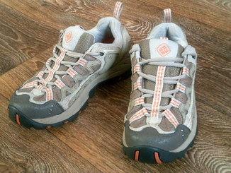 Columbia - фирменные кроссовки разм.38