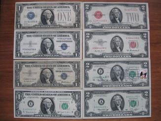 30 банкнот 1 и 2 доллара США