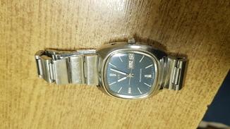 """Швейцарские часы """"Omega"""" megaquartz оригинал. 32 камня. Калибр 1310"""