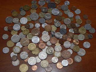 Монеты оптом. 135 шт.