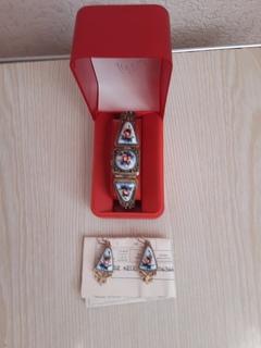 Набор: Женские часы-браслет с серьгами. ,,Чайка,,