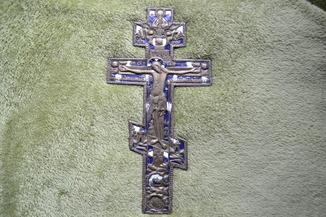 Большой крест с молитвой. Эмали . 35.5 см.