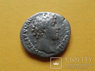 Марк Аврелий в ранге Цезаря