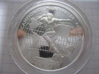 Футбол Андора 10 Динера 1993г. Ag-925.-  31.47гр