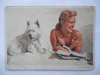 Почтовая карточка  девушка с собакой