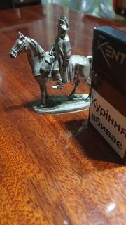 Всадник.Наполеон на коне.