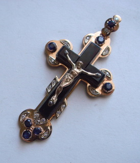 Золотой крест с сапфирами и бриллиантами, 583.