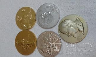 5 настольных жетонов