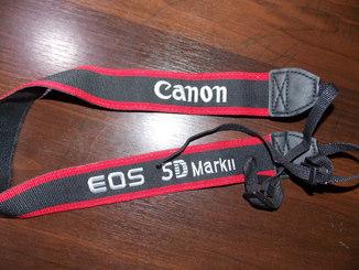 Ремень на шею Canon 5D Mark II + Кистевой ремень Canon
