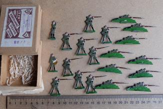Солдатики оловянные - Германия -  РИА - пехота.