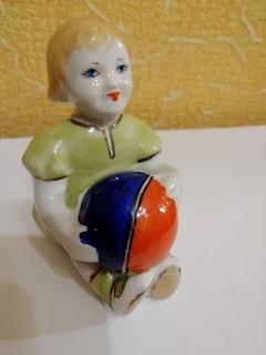 статуэтка девочка с мячом ссср