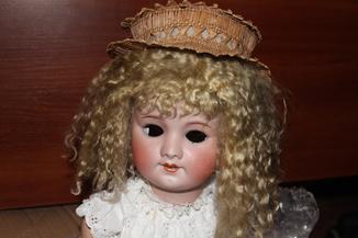 Старинная французская кукла 1900-х годов,бисквит.