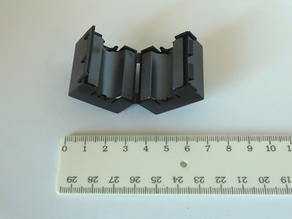 Фильтр ферритовый с защелкой большой на кабель для защиты от помех