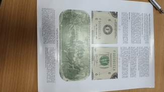 2 долари США