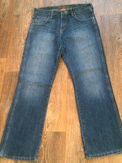 Wrangler - фирменные джинсы