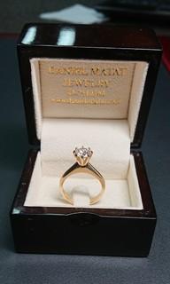 Золотое кольцо с бриллиантом 1.55 ct  - E/SI2