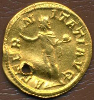 Ауреус Гордиана III с реверсом бога солнца Сол