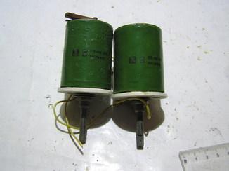 Переменные резисторы ППБ-50Г ; 680 Ом ,2 штуки.
