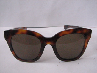 Очки Gucci.made in Italy.  GG0029S  002  50/22/140