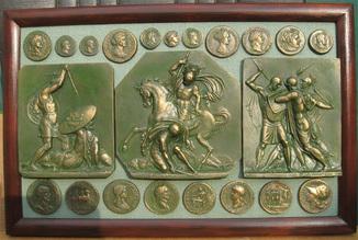 Битвы и монеты античности. Копии, без стекла 37х24см.