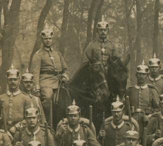 Германия. 1915. Группа в пикельхельмах
