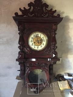Настінний годинник ( Custav Bekcer)
