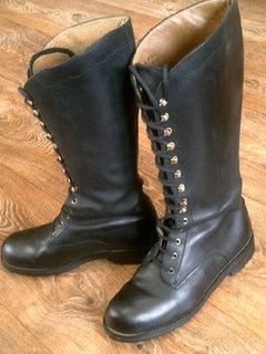 Ботинки кожаные на шнурках разм.39
