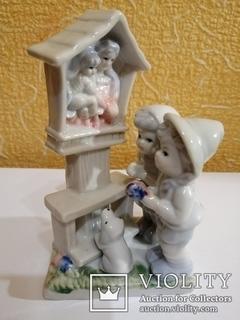 Фарфоровая статуэтка Молитва