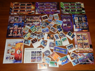 Космос почтовые марки.блоки.малые листы 100 шт.