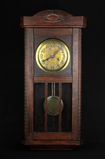 Старые настенные часы Friedrich Mauthe. Schwenningen. Германия (0471)