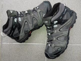 Ботинки Salomon Gore-Tex (Розмір-44-28)
