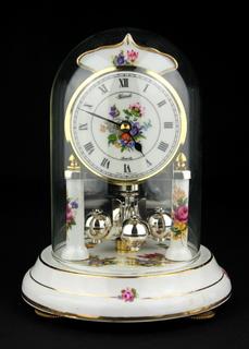 Каминные, настольные часы Hermle Quartz в стеклянной колбе. Германия. (0476)