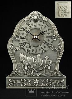 Настольные часы в оловянном корпусе SKS. Барельеф. Германия (0435)