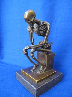 Думающий скелет . Бронза . Клеймо .