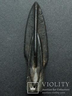 Крупный античный бронзовый наконечник стрелы.
