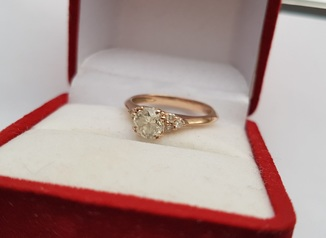Колечко с бриллиантами 1,09 карат с сертификатом