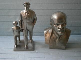 Ленин с мальчиком + бюст
