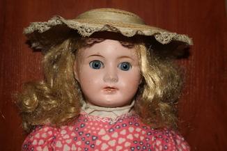 Старинная кукла 1900-х годов,Франция.