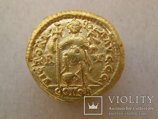 Солид Валентиниан III