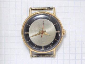 """Часы """"Луч 2209"""" в позолоте AU10 (нерабочие)."""