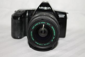 Фотоаппарат Minolta MAXXUM 3000i + Quantaray MX AF 3.5-5.6/28-80мм