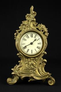 Каминные часы в бронзовом корпусе. Европа (0488)